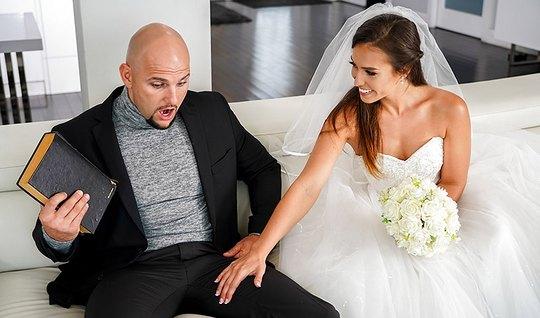 Развратная невеста изменила мужу прямо на свадьбе