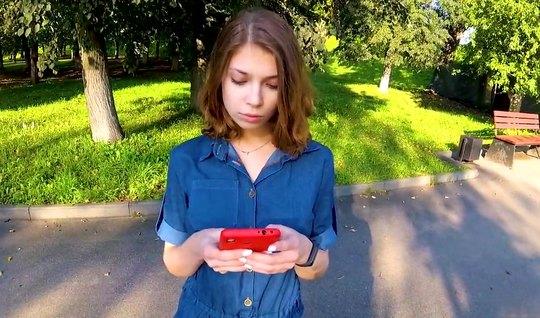 Русская девушка повелась на пикап и на съемку домашнего порева