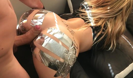 Blonde sticks her big ass in a pose cancer home anal