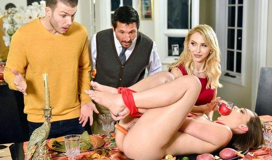 Групповое порно двух парней и двух молодых красоток завершается оргазмом