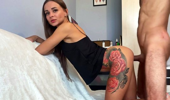 Tattooed Russian chick sucks a huge handsome dick in her bed
