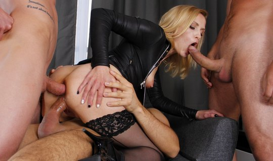 Blonde in stockings substitutes tight holes for double penetration with men